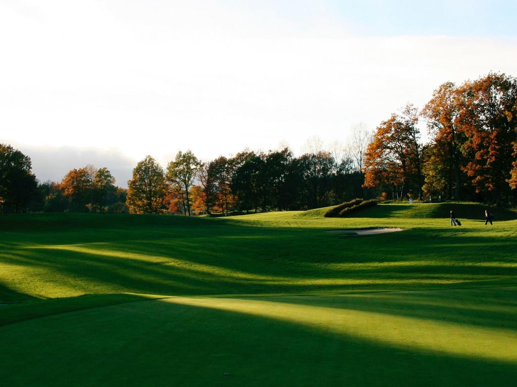 Närliggande golfbana