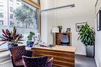Kontorsrum med fönster