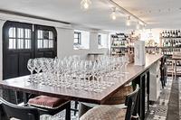 Vin och Tapas bar